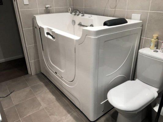 Walk-in-bath-Independent